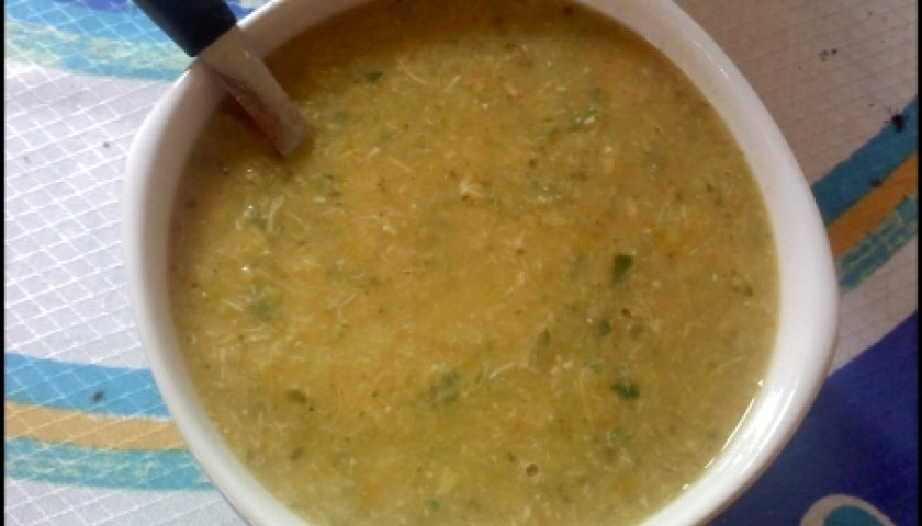 Sopa de Frango Assado da Silvinha