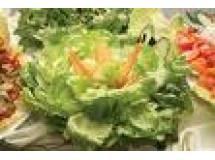 Salada de Folhas, Carambola, Gorgonzola e Nozes | Luiz Lapetina