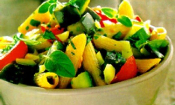 penne integral com legumes