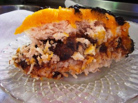Torta de Coco, Ameixa e Ovos Moles | andrea jaeger