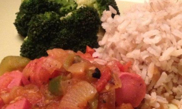 Salsicha com Molho de Tomate
