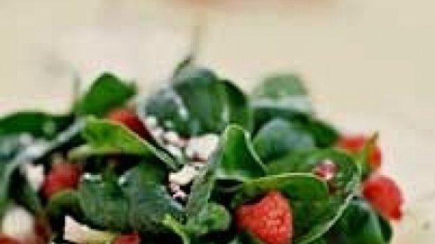 Salada de Espinafre,Queijo e Framboesas