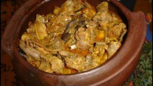 Angu de arroz com galinha caipira