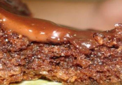 bolo pratico de chocolate e coco
