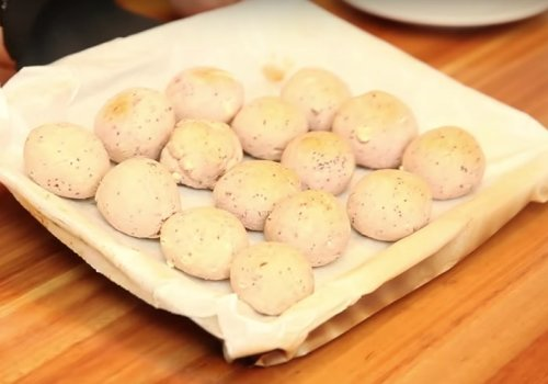 Pão de Queijo sem Queijo (mas com Batata-doce!)