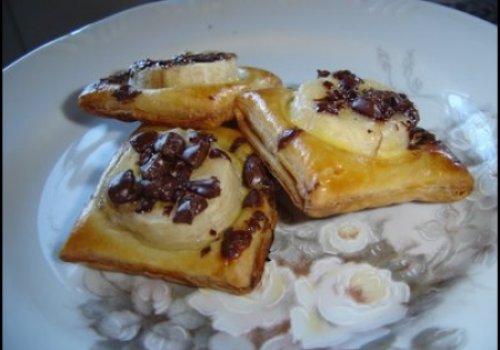 Folhadinhos de banana e chocolate