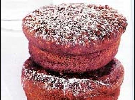 Muffin de banana com aveia e chocolate