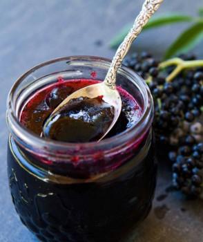 Geleia de Jabuticaba Caseira | Simply Recipe