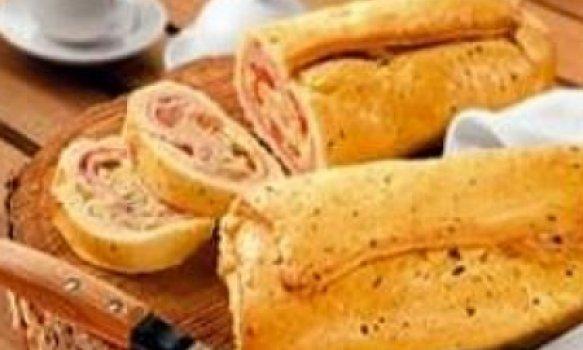 Pão caseiro recheado