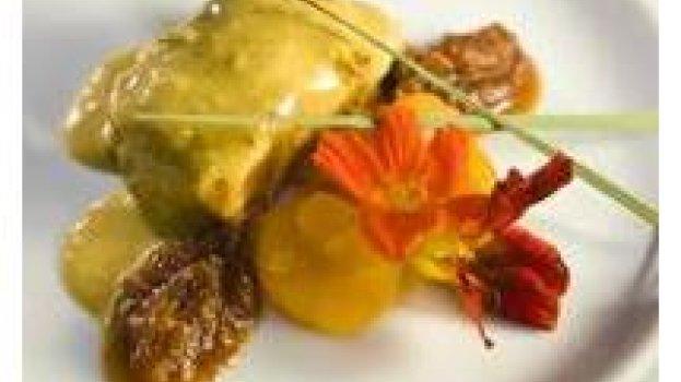 Frango Indiano com Chutney de Tomate