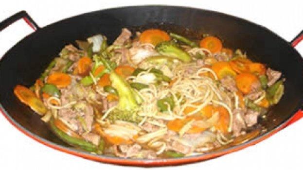 Yakissoba de Carne ou Frango