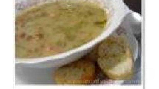 Sopa cremosa de agrião e palmito