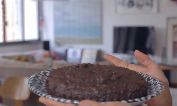 Torta de Chocolate com Ameixa