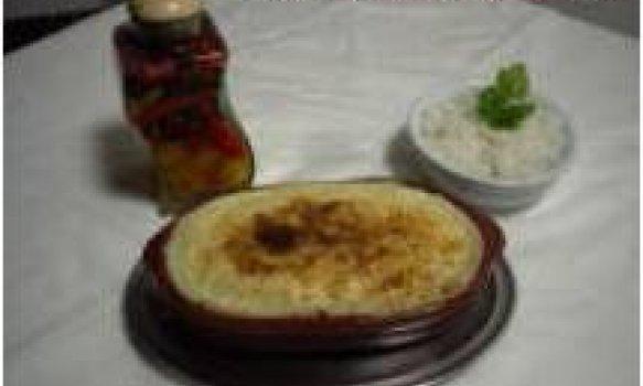 Escondidinho de carne seca com queijo de coalho