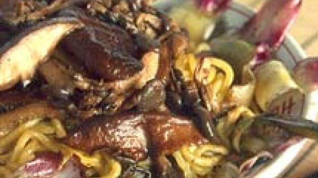 Yakisoba com Alcachofra e Cogumelos