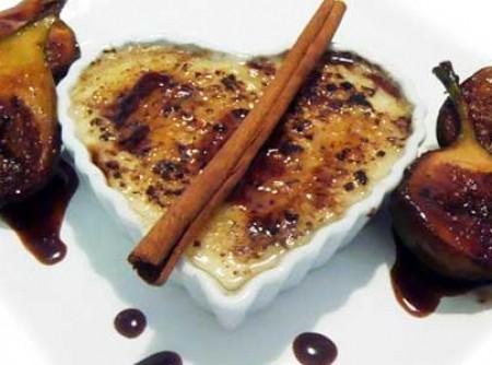 Creme de tapioca brûlée com figos grelhados e redução de mel e vinho do porto   jose roberto morandini nunes