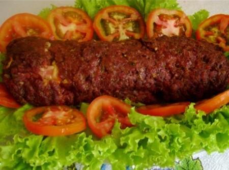 Rocambole de Carne Moída com Legumes