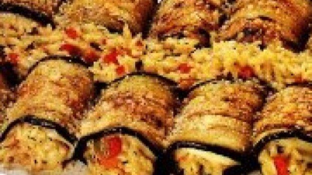 Rolinhos de Berinjela com Risoto Vegetariano