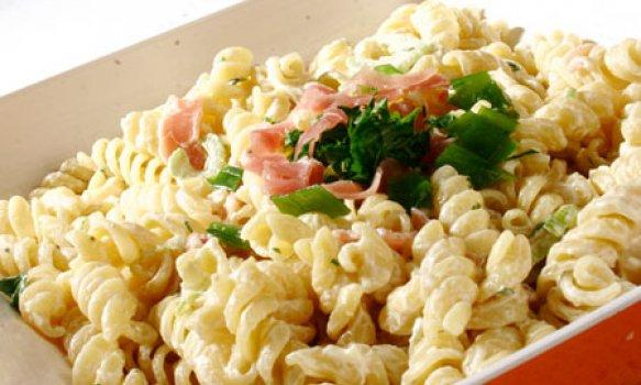 Salada de Macarrão com Presunto