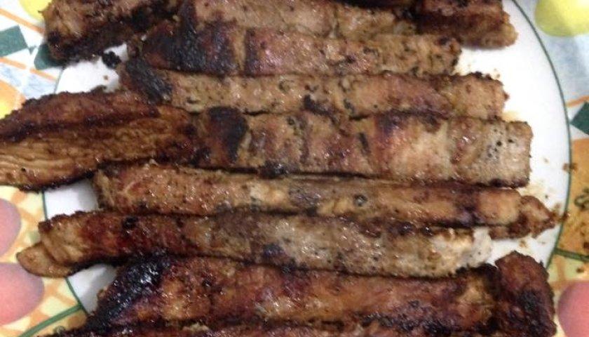 Carne de Porco com Molho Especial