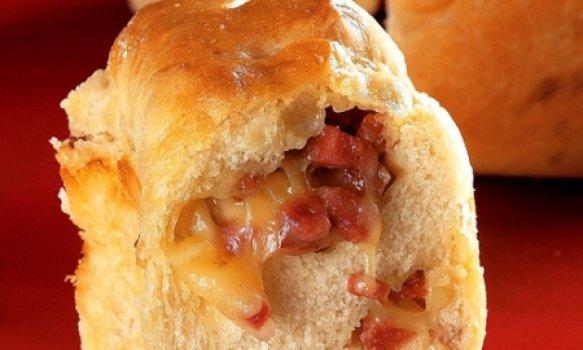 Pão de Mussarela com Calabresa