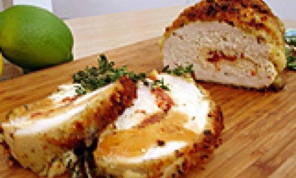 Rocambole de frango com crosta de ervas