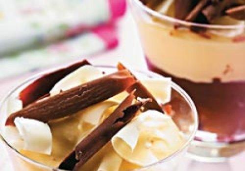Mousse de chocolate bicolor