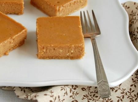 Quadradinhos de Cheesecake de Doce de Leite