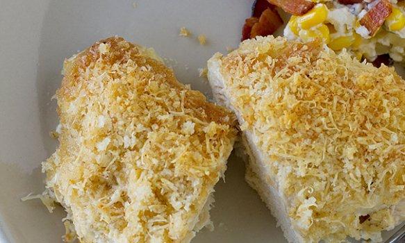 Frango Crocante com Crosta de Pão e Parmesão