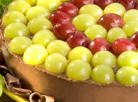Torta de uva com chocolate
