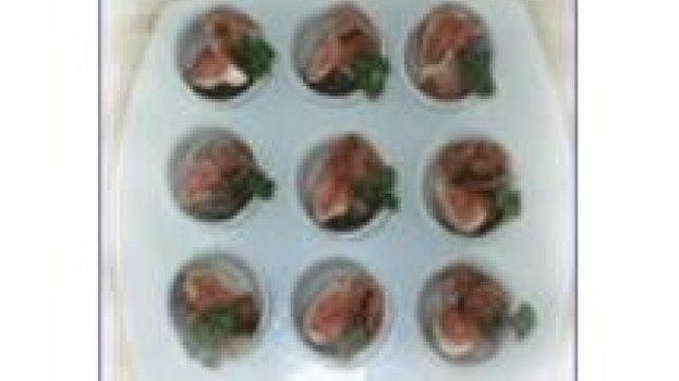 Salada de figo e presunto cru
