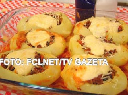 Batatas Recheadas com Carne Moída Cremosa