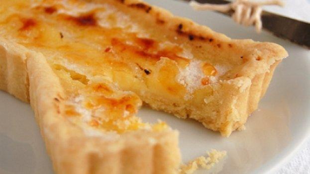 Tortinhas Azedinhas de Limão Siciliano com Casquinha de Açúcar queimado