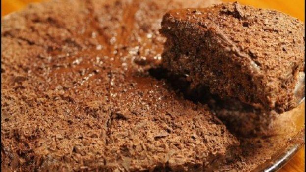 Torta de Chocolate com Recheio de Brigadeiro