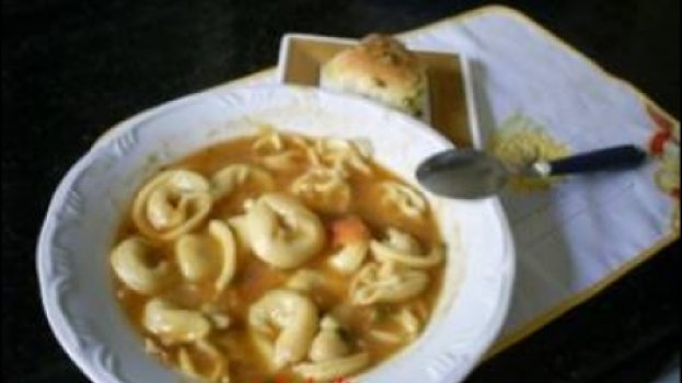 Sopa de agnolini