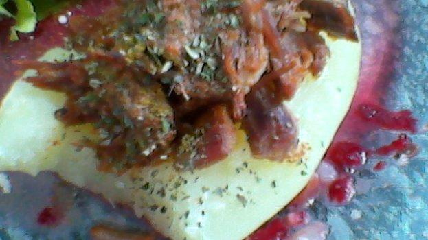 Barquinha de Batata com Carne Desfiada