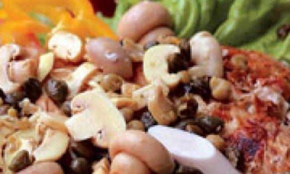 Badejo com champignon, alcaparras e palmito