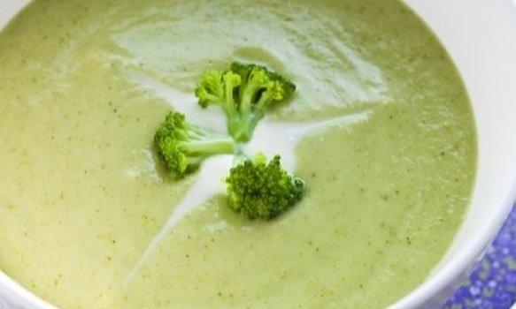 Sopa Creme de Mandioquinha com Brócolis