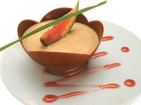 Tulipas com mousse de chocolate branco