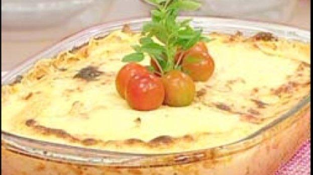 Torta de Peixe com Creme de Camarão