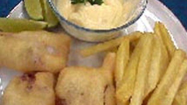 Peixe Frito com Batatas
