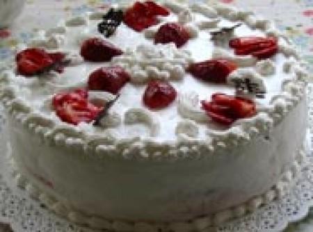 Torta gelada de suspiro com Morangos (5 pessoas)