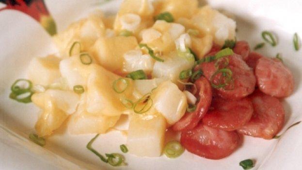 Linguiça com Batatas ao Queijo