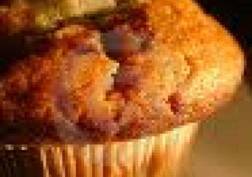 Muffin de maça e granola