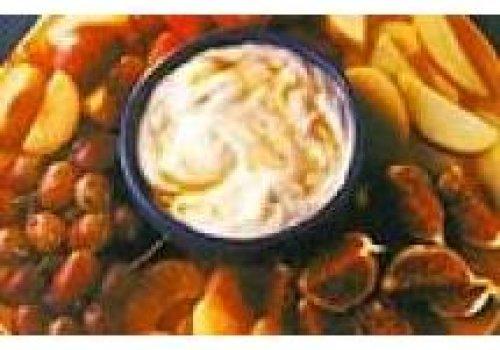 Frutas com iogurte e mel