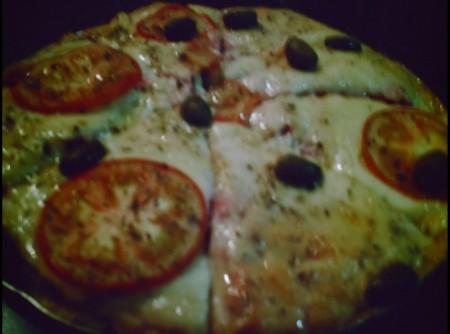 Pizza de Farinha com Fermento   cristiane pereira