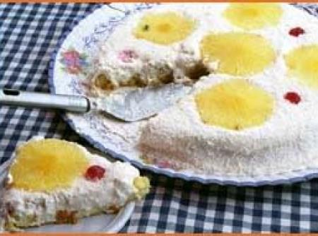 Torta de Abacaxi com Merengue