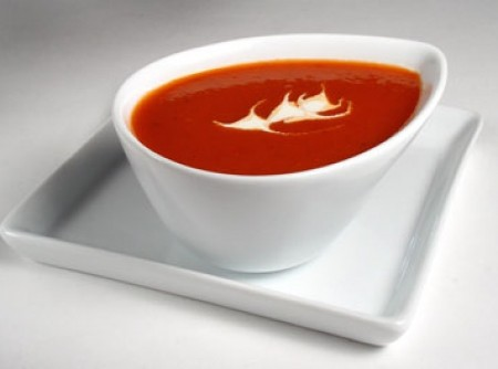 Sopa de Beterraba (Red Blues Soup)