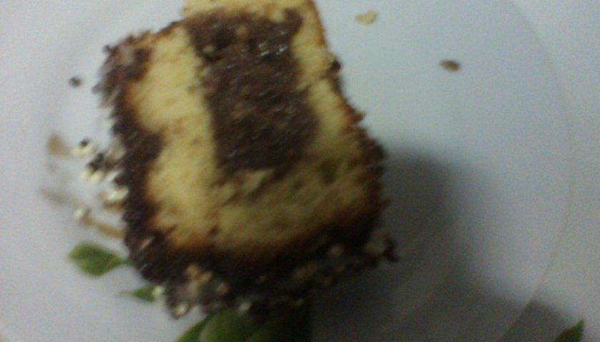 Bolo de Laranja com Casca e Chocolate