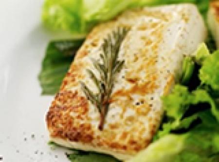 Filé de peixe com ervas